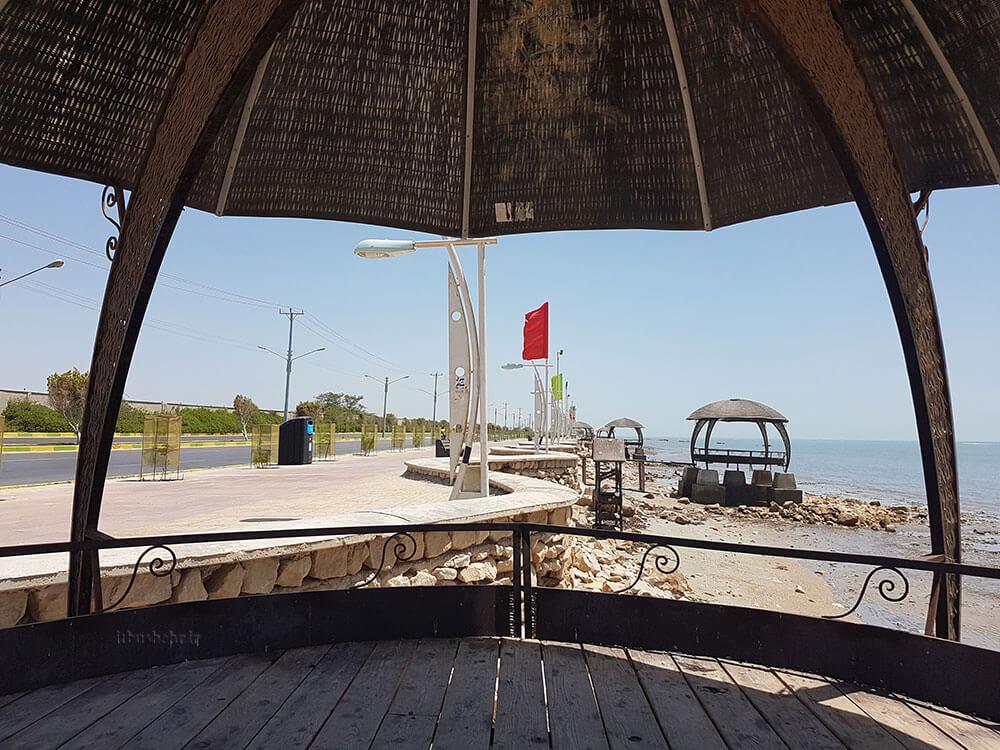 آلاچیق ساحل بوشهر