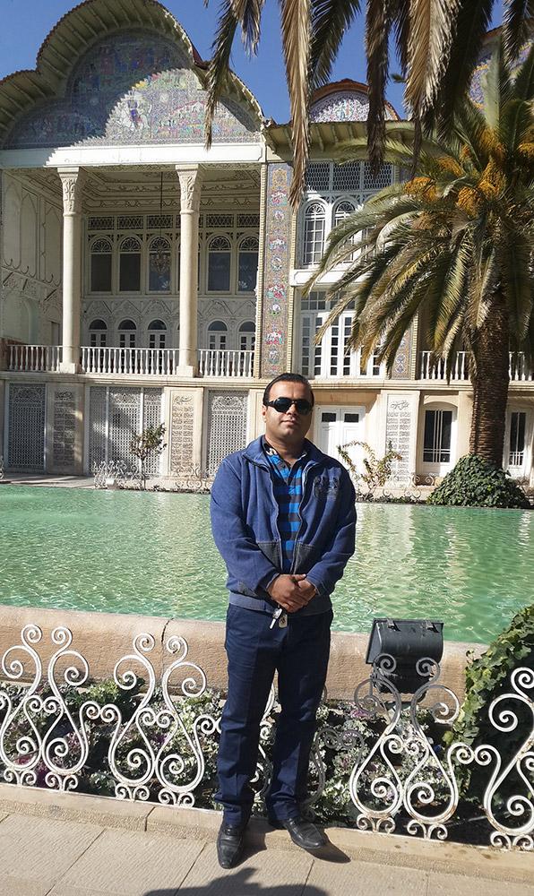 ایمان باستانی در باغ ارم شیراز