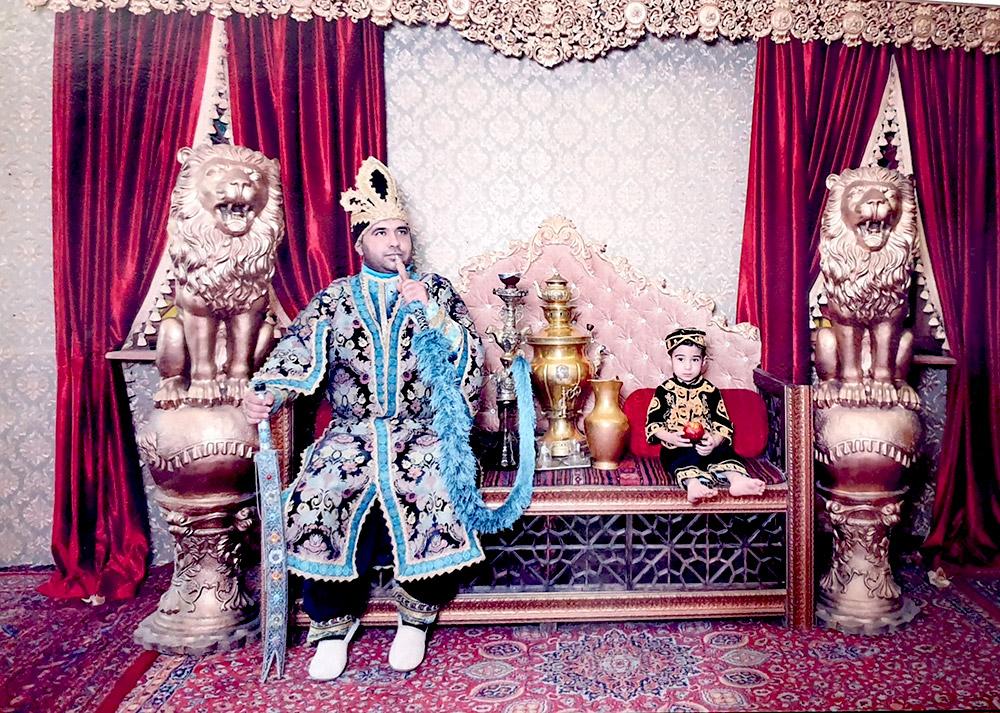 تخت پادشاهی ایمان باستانی و شاهزاده متین باستانی